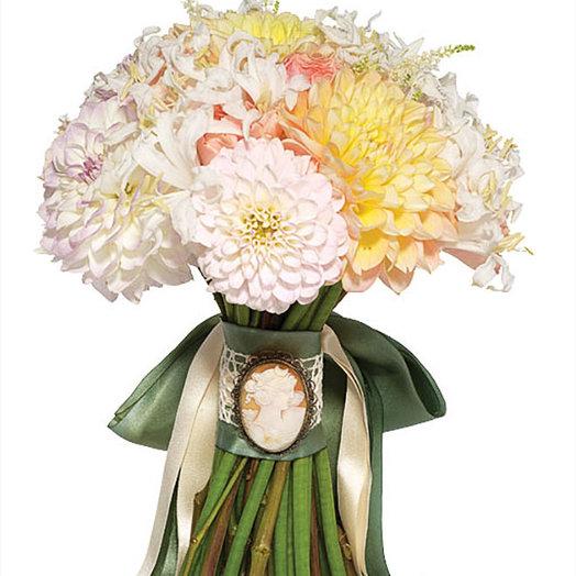 Букет невесты «Белый георгин»: букеты цветов на заказ Flowwow