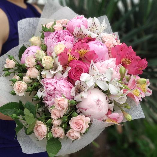 Розовая пудра: букеты цветов на заказ Flowwow