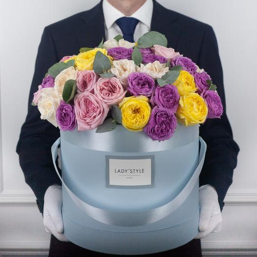 Букет Neon в шляпной коробке XL: букеты цветов на заказ Flowwow