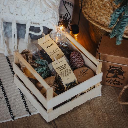 Gift set in a box with handles: букеты цветов на заказ Flowwow
