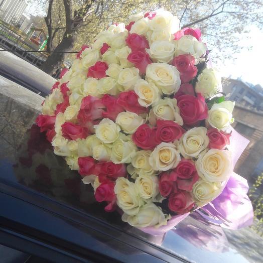 Букет микс 101 роз: букеты цветов на заказ Flowwow