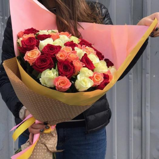 Букет из 59 российских роз: букеты цветов на заказ Flowwow