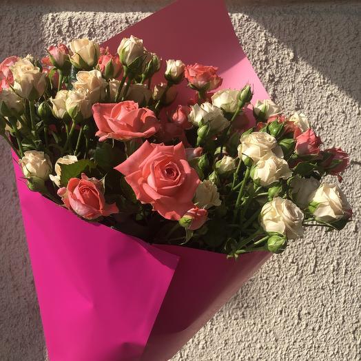 Букет из 9 веток роз: букеты цветов на заказ Flowwow