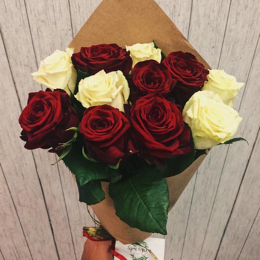 """Розы """"Красно-белый микс"""""""