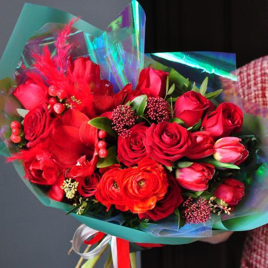 Яркий страстный букет: букеты цветов на заказ Flowwow