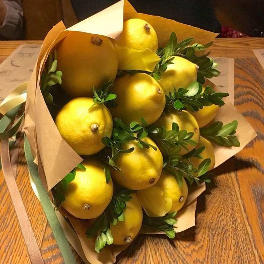 Цитрусовый заряд бодрости: букеты цветов на заказ Flowwow
