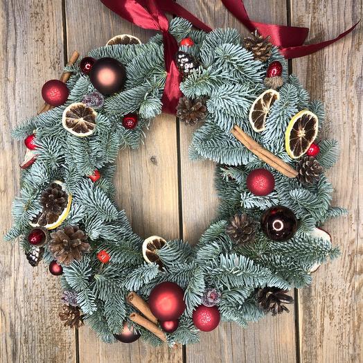 Рождественский венок из натурального нобилиса 6: букеты цветов на заказ Flowwow