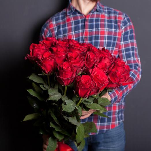 25 эквадорских роз 70 см: букеты цветов на заказ Flowwow