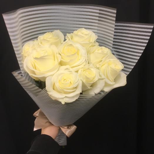 White roses: букеты цветов на заказ Flowwow