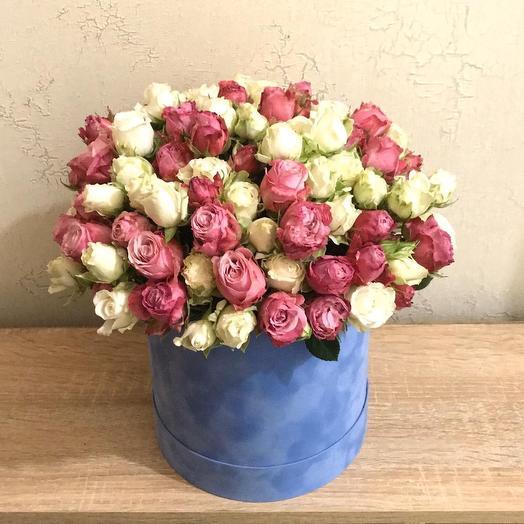 Бархатная коробка с пионовидными розами