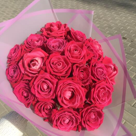 21 малиновая роза