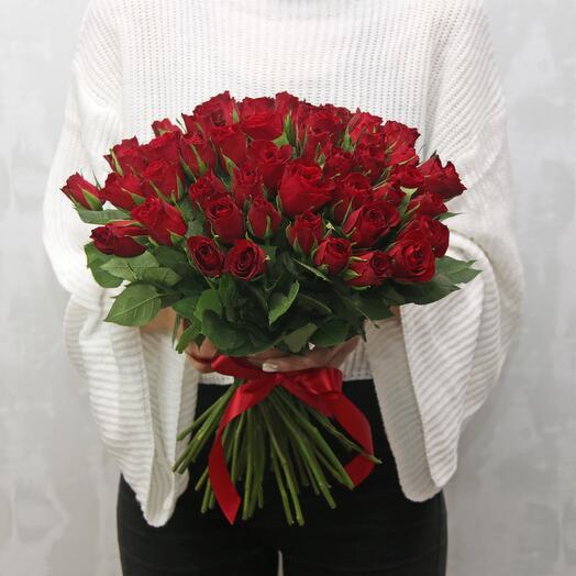 Букет из 51 красной розы 35-40 см (Кения) под ленту