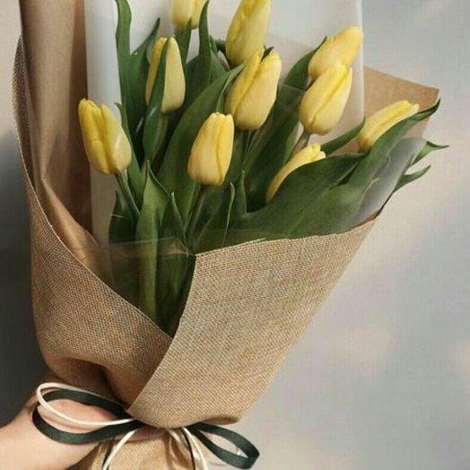 Букет 17 тюльпанов