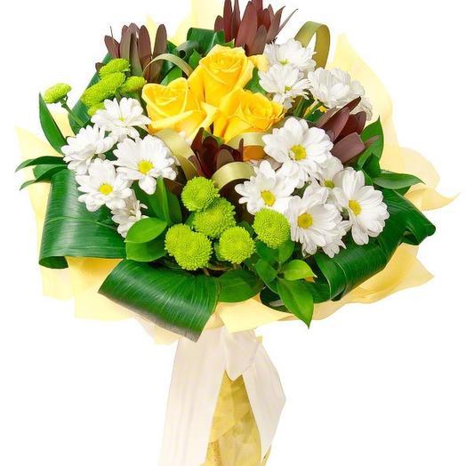 Оригинальный букет из хризантем и роз: букеты цветов на заказ Flowwow