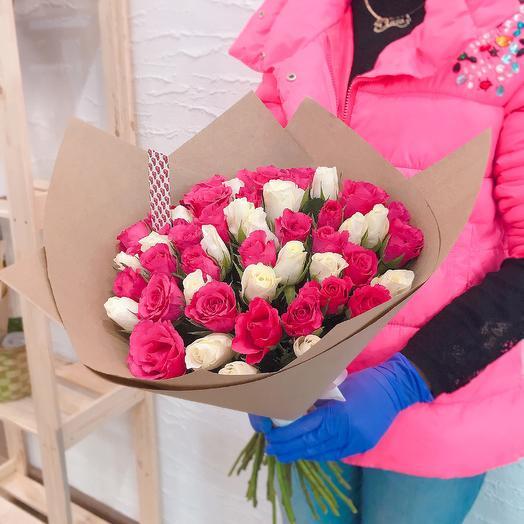 51 роза Нежный микс: букеты цветов на заказ Flowwow