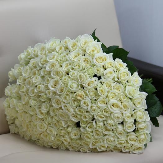 151 белая роза 60 см: букеты цветов на заказ Flowwow