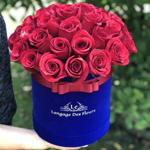 Blue velvet box with red roses: flowers to order Flowwow