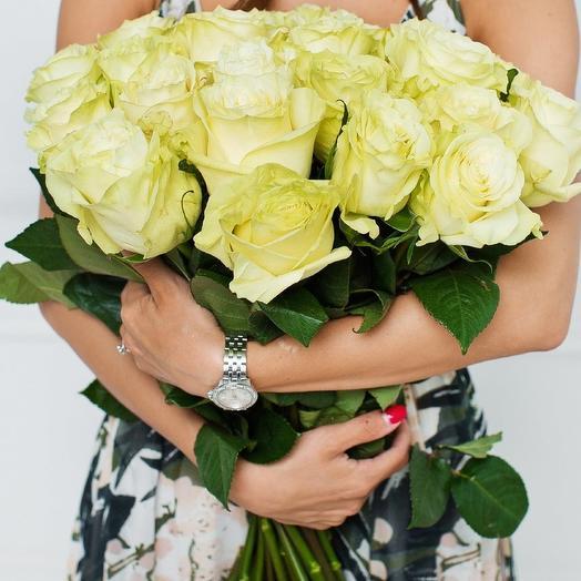 25 роз Мондиаль: букеты цветов на заказ Flowwow