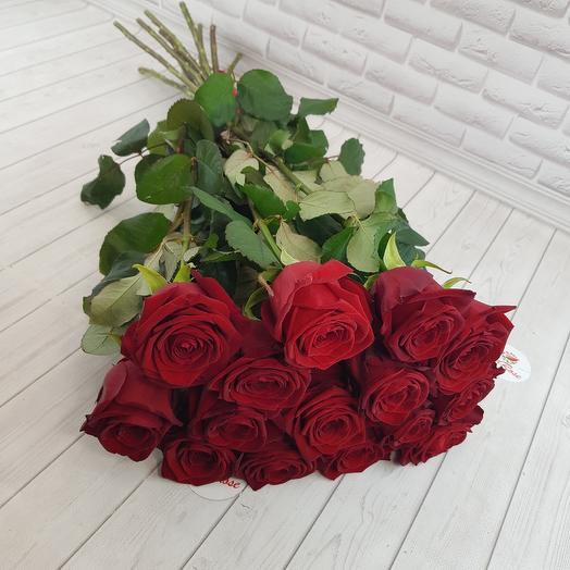 Красные розы 70см: букеты цветов на заказ Flowwow