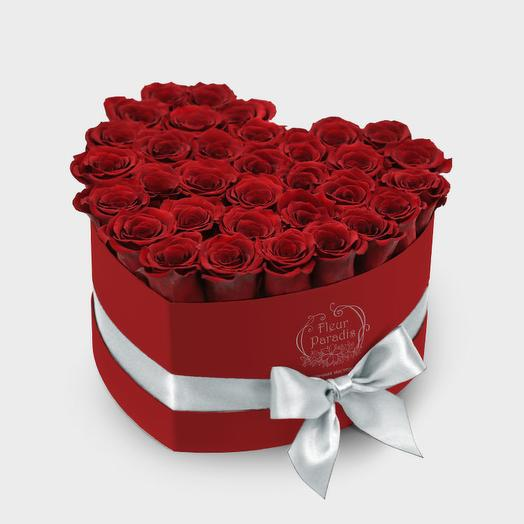 коробка сердце с 35 розами
