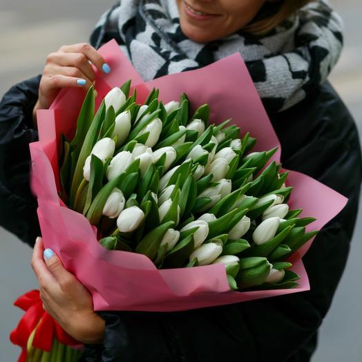 Букет белых тюльпанов 6