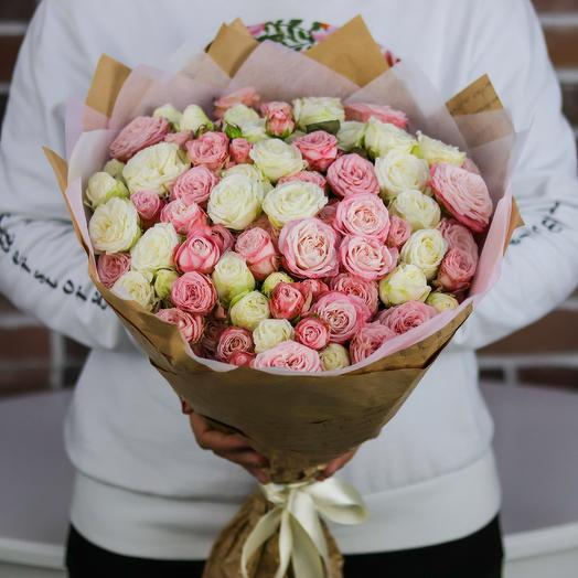 Букет из кустовых пионовидных роз (25 шт). N744