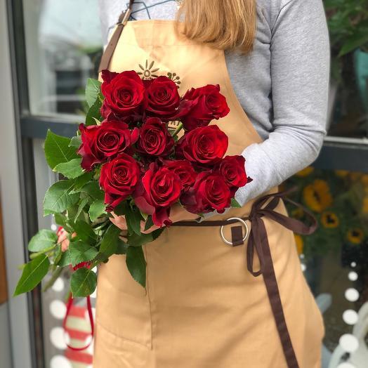11 красных эквадорских роз