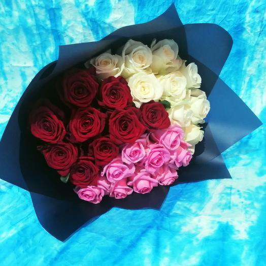 """Букет """"Восхищение"""" из трех сортов роз"""