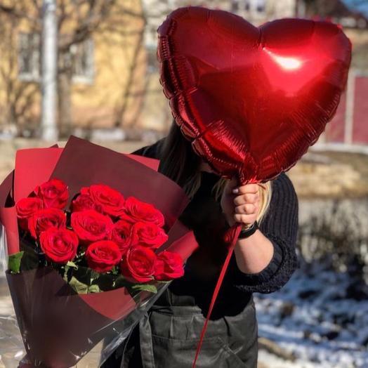 13 роз с сердцем