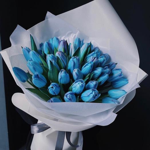 49 синих тюльпанов