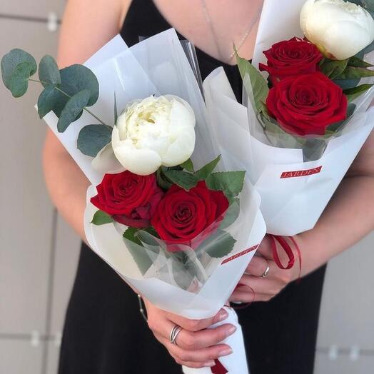 Гармония - пион и красные розы