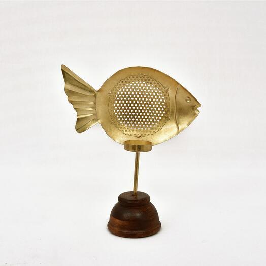 Металлический подсвечник в форме рыбки на деревянной подставке (латунь)(никель), большой/маленький (Цвет-Латунь, Размер-Малая)