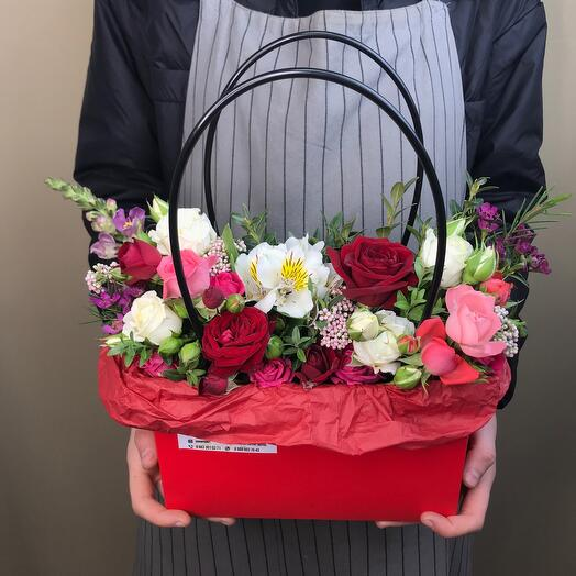 Сумочка с цветами «Красная»