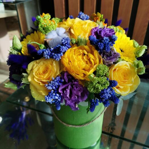 Мускари и пионовидные тюльпаны