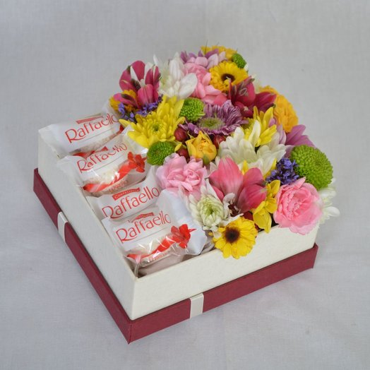 Коробочка с Raffae o 2: букеты цветов на заказ Flowwow