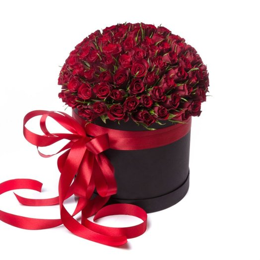 101 красная роза в шляпной коробке: букеты цветов на заказ Flowwow