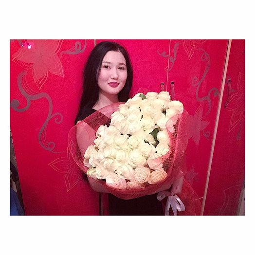 51 белая голландская роза: букеты цветов на заказ Flowwow