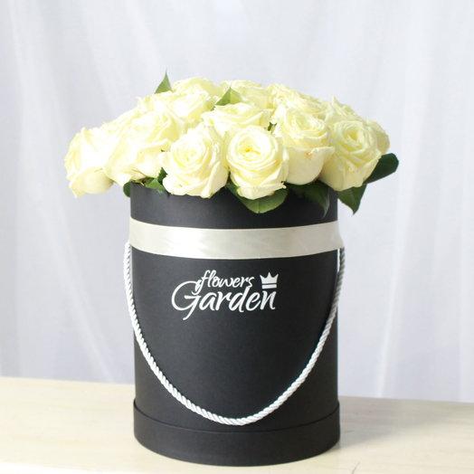ШЛЯПНАЯ КОРОБКА L РОЗЫ АВАЛАНЖ BLACK: букеты цветов на заказ Flowwow