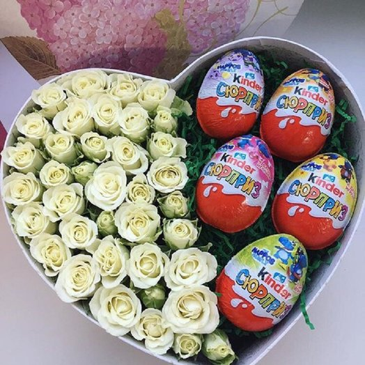 Цветочно-сладкая валентинка: букеты цветов на заказ Flowwow