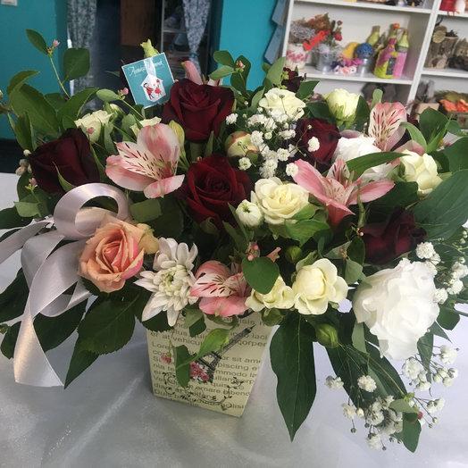 Коробочка нежностей: букеты цветов на заказ Flowwow