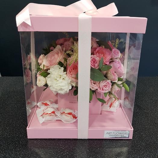 Коробка цветов: букеты цветов на заказ Flowwow