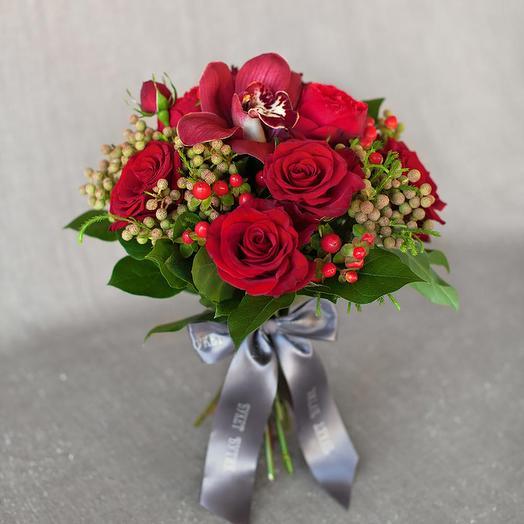 "Компактный букет ""Лондон"": букеты цветов на заказ Flowwow"