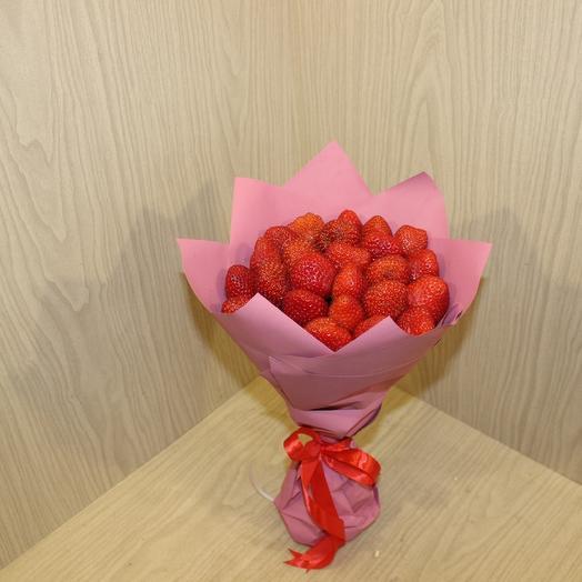 Вкусный Букет из клубники: букеты цветов на заказ Flowwow