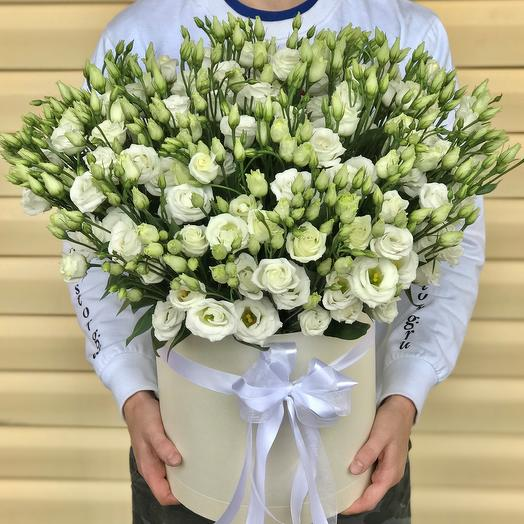 Коробки с цветами. Эустома. N573: букеты цветов на заказ Flowwow