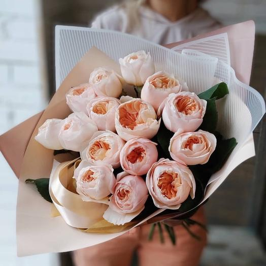 Ароматная пионовидная роза: букеты цветов на заказ Flowwow
