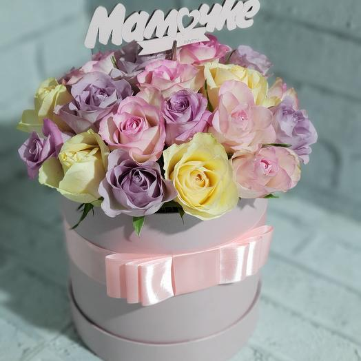 Шляпная коробка с розами для Мамы: букеты цветов на заказ Flowwow