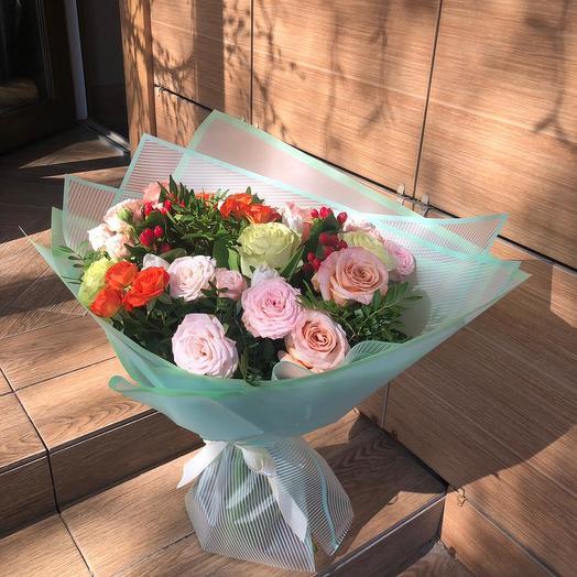 """Букет из цветов """"Утренняя роза"""""""