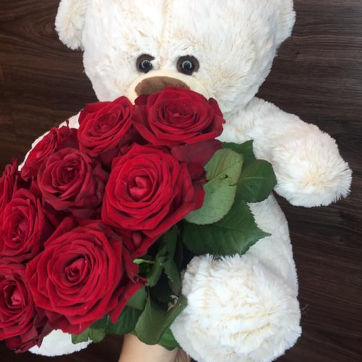 Букет из красных роз+Мишка: букеты цветов на заказ Flowwow