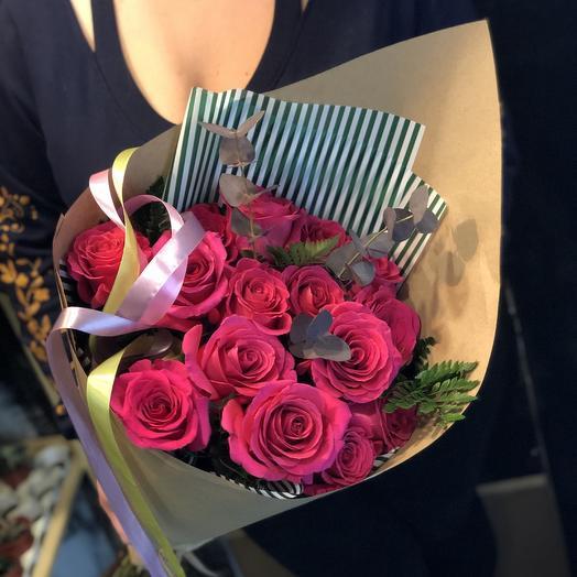 ✅ Букет роз в дизайнерской упаковке