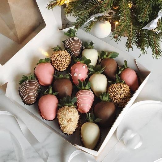 Набор из Клубники в Шоколаде «Шоколадный ассортимент»